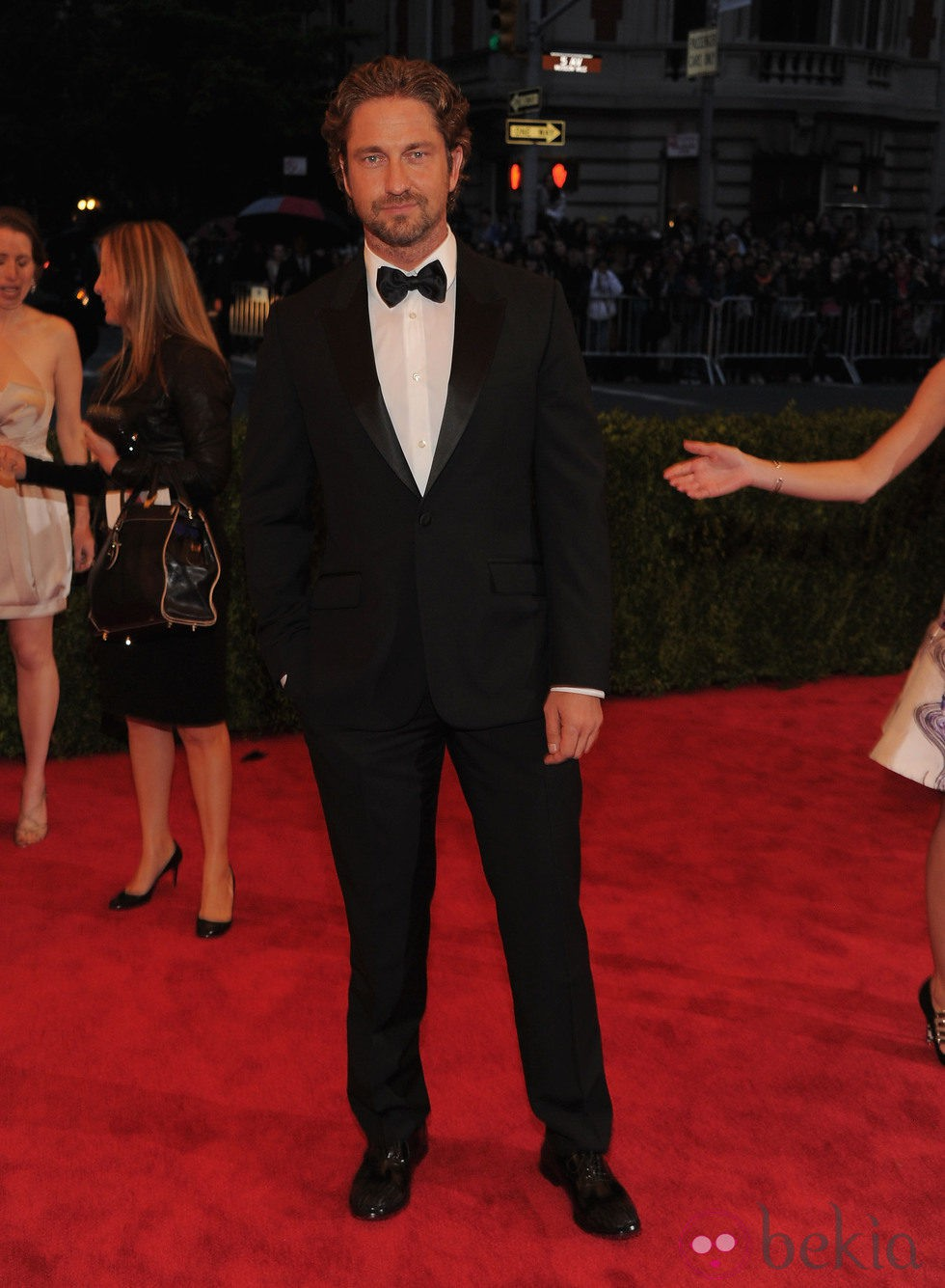 Gerard Butler en la alfombra roja de la Gala del MET 2012
