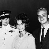 Don Juan Carlos y Doña Sofía con Constantino de Grecia en 1961