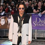 Johnny Depp en el estreno de 'Dark Shadows' en Londres
