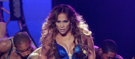 Jennifer Lopez interpretando 'Dance Again' en el programa 'American Idol'