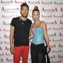 Tamara Gorro y Ezequiel Garay en el 33 cumpleaños de Chayo Mohedano
