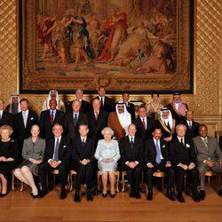 La Reina de Inglaterra celebra su Jubileo de Diamante con los reyes y reinas del mundo