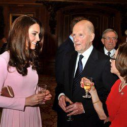 La Duquesa de Cambridge charla con los Reyes de Bulgaria en Windsor