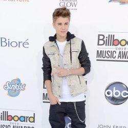 Justin Bieber acude a los premios Billboard 2012
