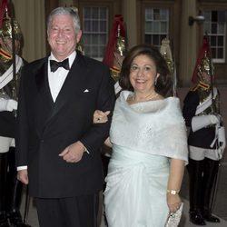 Los Príncipes de Yugoslavia en una cena de gala en Buckingham Palace