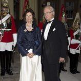 Los Reyes de Suecia en una cena de gala en Buckingham Palace