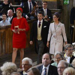 Máxima de Holanda, Federico de Dinamarca y Magdalena de Suecia en el bautizo de la Princesa Estela