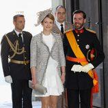 Guillermo de Luxemburgo y la Condesa Stéphanie de Lannoy en el bautizo de Estela de Suecia