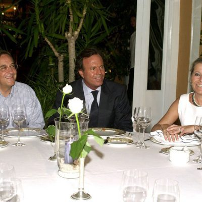 Florentino Pérez y Pitina con Julio Iglesias