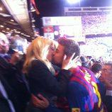 Gerard Piqué besa a Shakira tras ganar la Copa del Rey