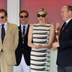 Los Príncipes de Mónaco y Andrea y Pierre Casiraghi en el Gran Premio de F1 de Mónaco
