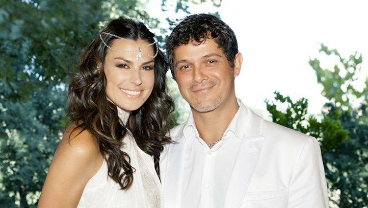 Foto oficial de la boda de Alejandro Sanz y Raquel Perera
