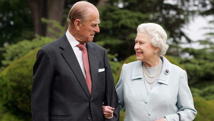 La Reina Isabel II y el Duque de Edimburgo en sus Bodas de Diamante