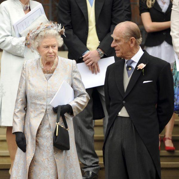 la reina isabel ii y el duque de edimburgo en la boda de