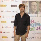 Hugo Silva en el estreno de la película 'En fuera de juego'