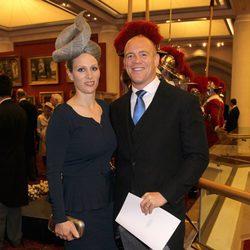 Zara Phillips y Mike Tindall en la recepción de Guildhall del Jubileo de Diamante