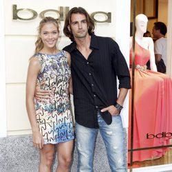 Patricia Montero y Álex Adrover en la inauguración de una tienda