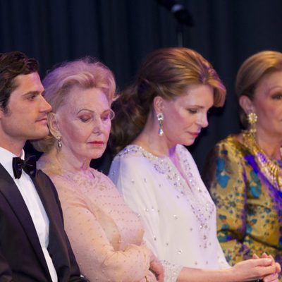 Carlos Felipe de Suecia, Marianne Bernardotte, Noor de Jordania y Farah Pahlavi