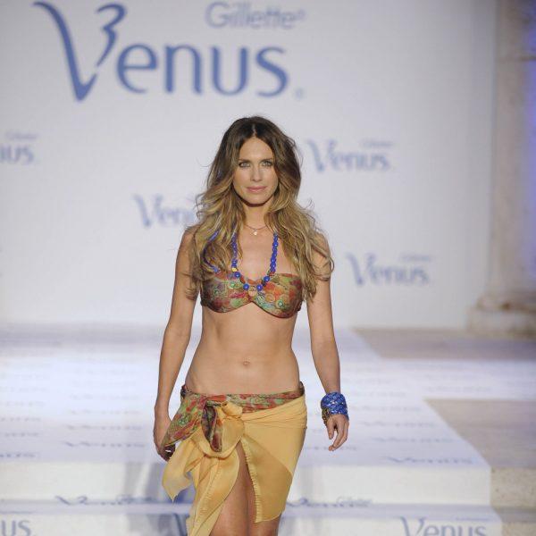 Famosas desfilando en los Premios de Diseño Venus 2012