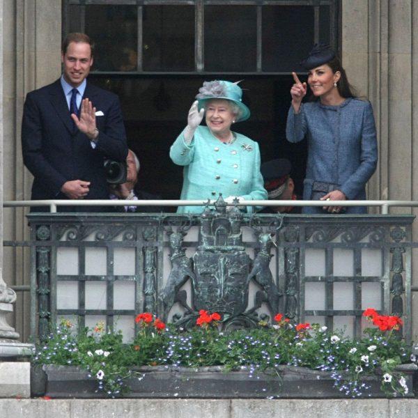 Visita de la Reina Isabel y los Duques de Cambridge a Nottingham