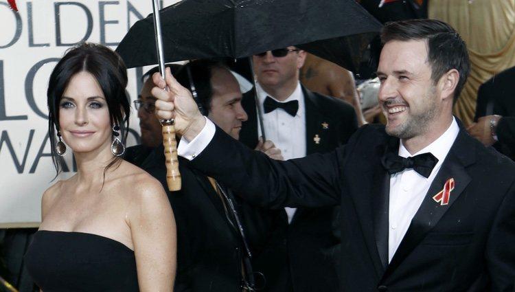 Courteney Cox y David Arquette en los Globos de Oro 2010