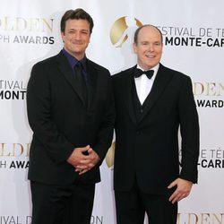 Nathan Fillion y Alberto de Mónaco en la clausura del Festival de Monte-Carlo 2012