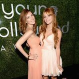 Dani Thorne y Bella Thorne en los Young Hollywood Awards 2012