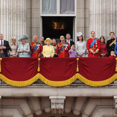 La familia real británica al completo preside las celebraciones de Trooping The Colour en Londres
