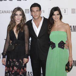María Valverde, Mario Casas y Clara Lago en el preestreno de 'Tengo ganas de ti' en Madrid