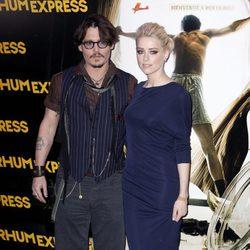 Johnny Depp y Amber Heard, protagonistas de 'Los diarios del ron'