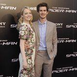 Andrew Garfield y Emma Stone en el estreno de 'The Amazing Spiderman' en Madrid