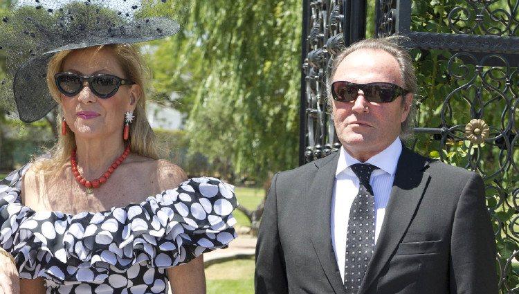 Rosa Benito y Amador Mohedano en la boda de Tamara Gorro y Ezequiel Garay