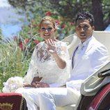 Tamara Gorro y Ezequiel Garay llegan a su boda en carroza de caballos