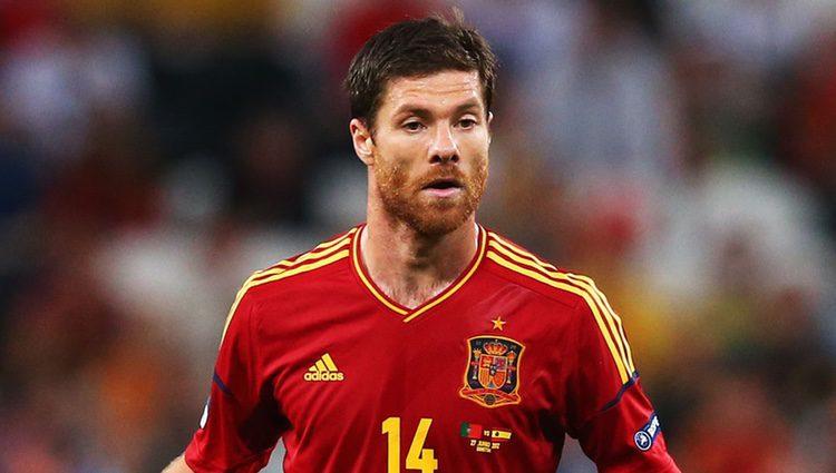 Xabi Alonso en la semifinal de España contra Portugal en la Eurocopa 2012