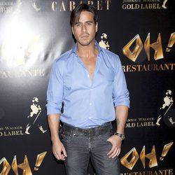 Raúl Olivo en la inauguración de Oh Cabaret