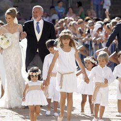 Astrid Klisans a su llegada al Monasterio de El Escorial vestida de novia