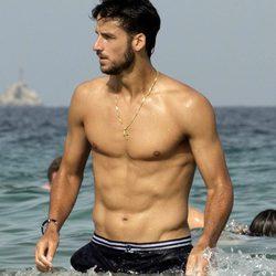 El torso desnudo de Feliciano López en Ibiza