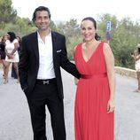 Ana Milán y su marido en la boda de Patricia Conde