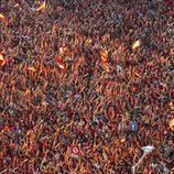 Marea humana celebrando la victoria de 'La Roja' en la Eurocopa 2012 en Cibeles