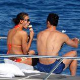 Cristiano Ronaldo e Irina Shayk comiéndose un helado en Saint-Tropez