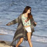 Selena Gomez se relaja en las playas de Malibú