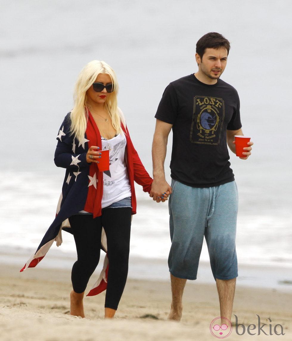 Christina Aguilera y Matthew Rutler el Día de la Independencia