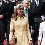 La Duquesa de Cambridge en el nombramiento del Príncipe Guillermo como Caballero de Thistle
