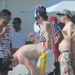 Niall Horan con sus amigos en Marbella
