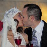 El beso de Andrés Iniesta y Anna Ortiz el día de su boda