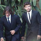 Carles Puyol y Gerard Piqué en la boda de Andrés Iniesta y Anna Ortiz