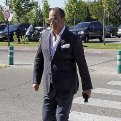 Nacho Montes en el funeral de Pedro Rodríguez