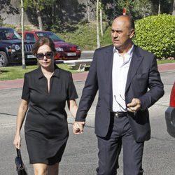 Ana Rosa Quintana y Juan Muñoz en el funeral de Pedro Rodríguez