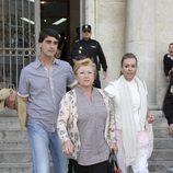 Jesulín de Ubrique, María José Campanario y su madre Remedios Torres