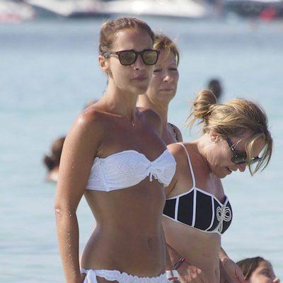 Paula Echevarría presume de cuerpazo en Ibiza